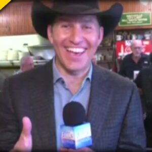 EPIC! FOX Host Shows Up at Texas Diner to Celebrate FREEDOM, and immediately TRIGGERS Leftists