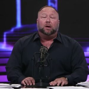 """Alex Jones calls Project Veritas the """"number one journalistic organization in the world"""""""