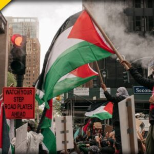 NYC HOROR: Palestinians ATTACK Jews in New York City - Scene Looks like a WARZONE
