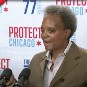 Chicago Mayor Just Threatened City's Police With This if They Don't Comply